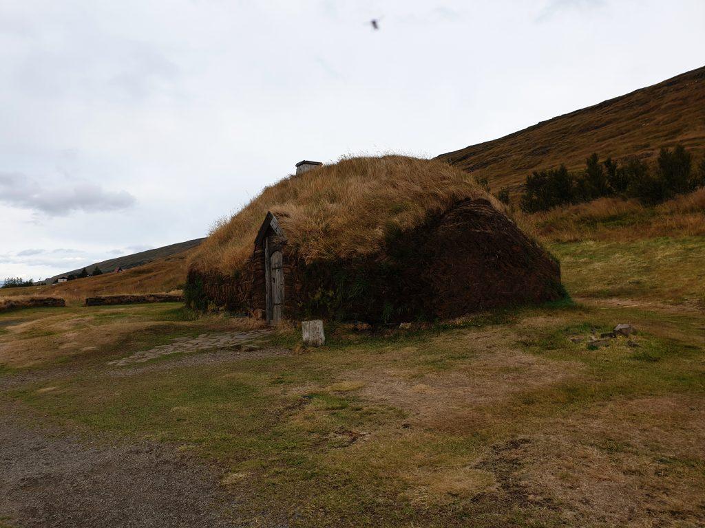Island - Nordsland - Eiriksstadir - Longhouse