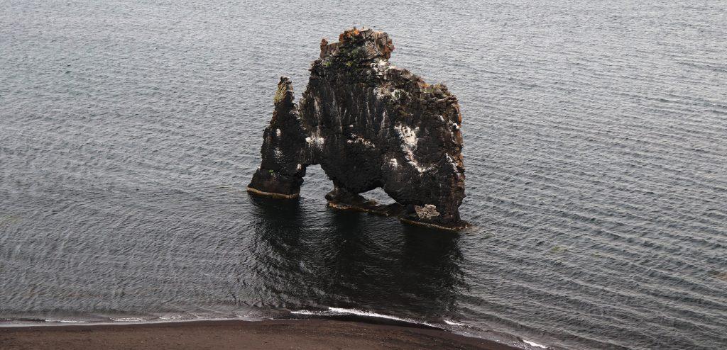 Island - Nordsland - Hvitserkur - Steinbogen