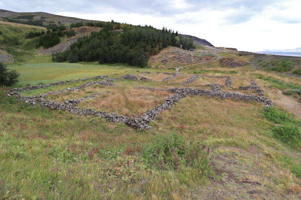 Island - Sehenswürdigkeiten Hauptstadtgebiet - Fossarett Ruinen