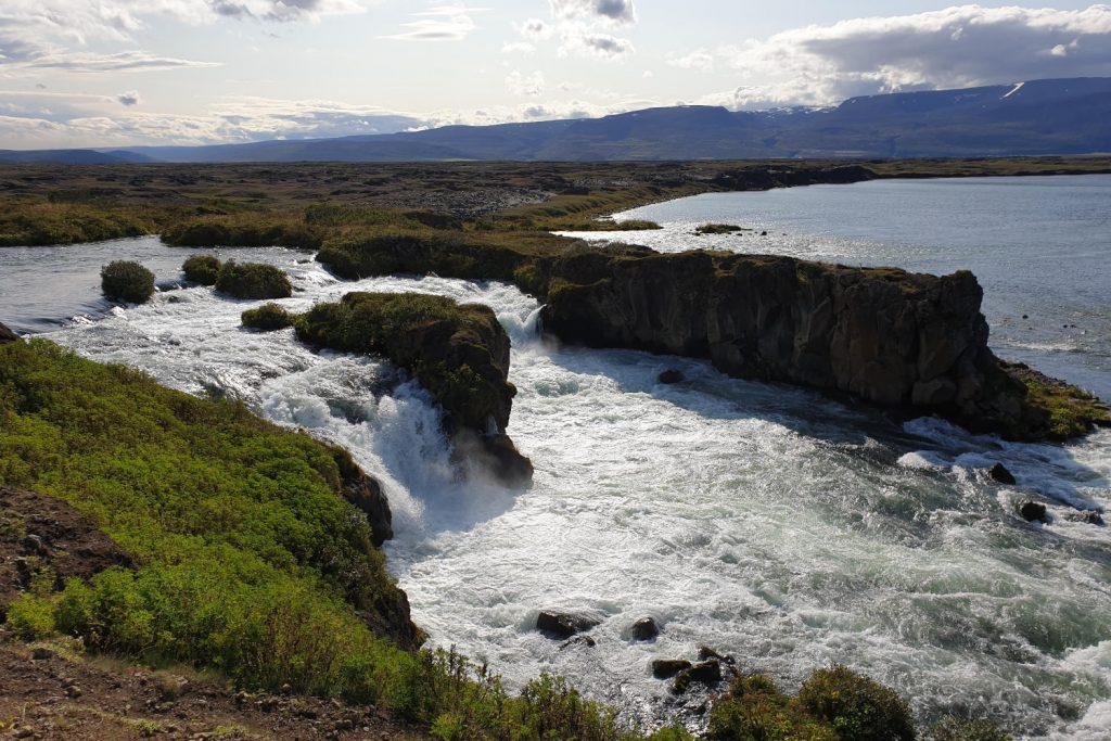 Island - Der Norden - Eiderentenwasserfall