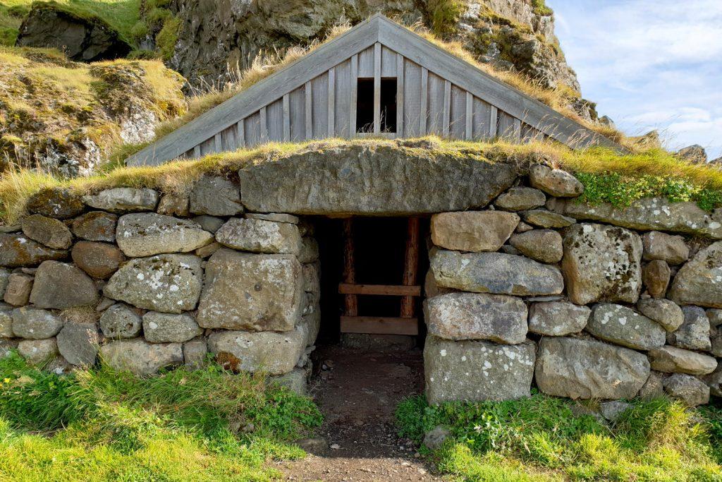 Island - Der Süden - Rutshellir