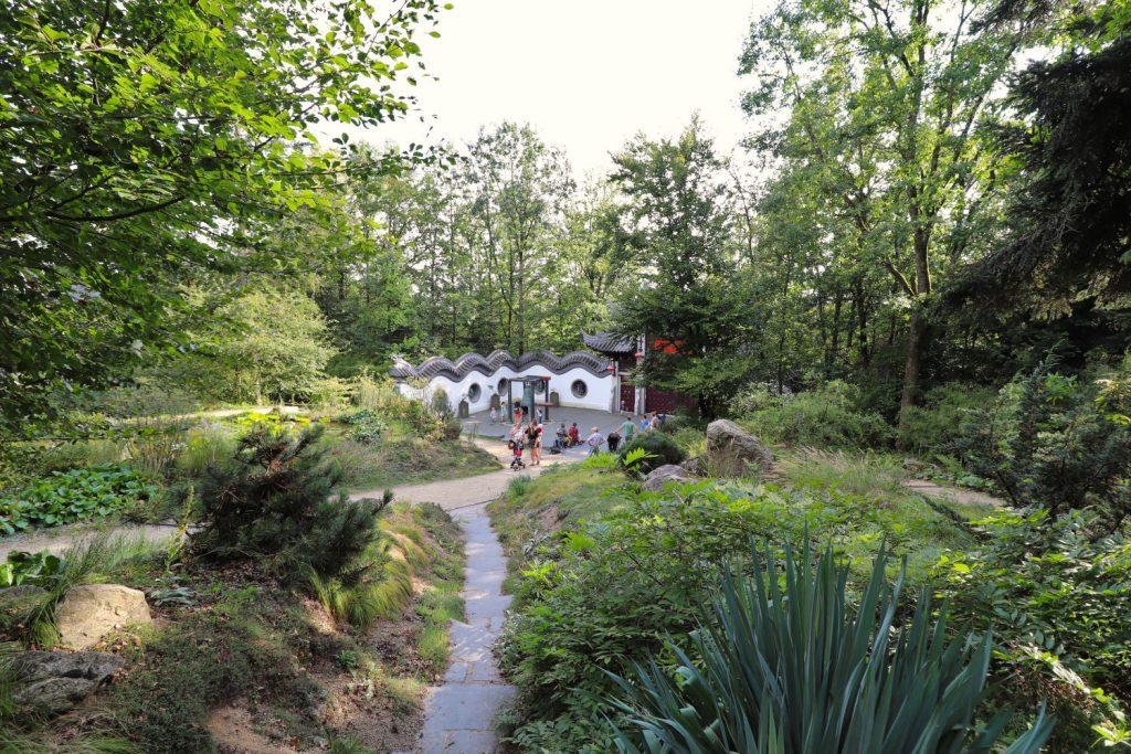 Deutschland - Wiesent - Nepal Himalaya Park - Chinagarten - Weg zum Ausgang