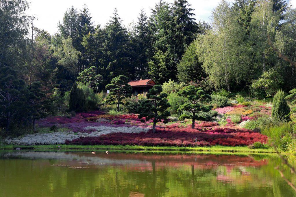 Deutschland - Wiesent - Nepal Himalaya Park - Heidegarten grosser See