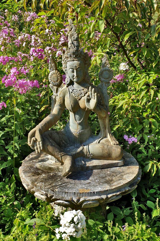 Deutschland - Wiesent - Nepal Himalaya Park - Shangri La kleiner Buddha